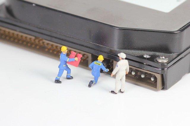 個人でできるHDDデータの復旧