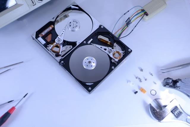 パソコンなどのhddのデータ復旧に掛かる料金について